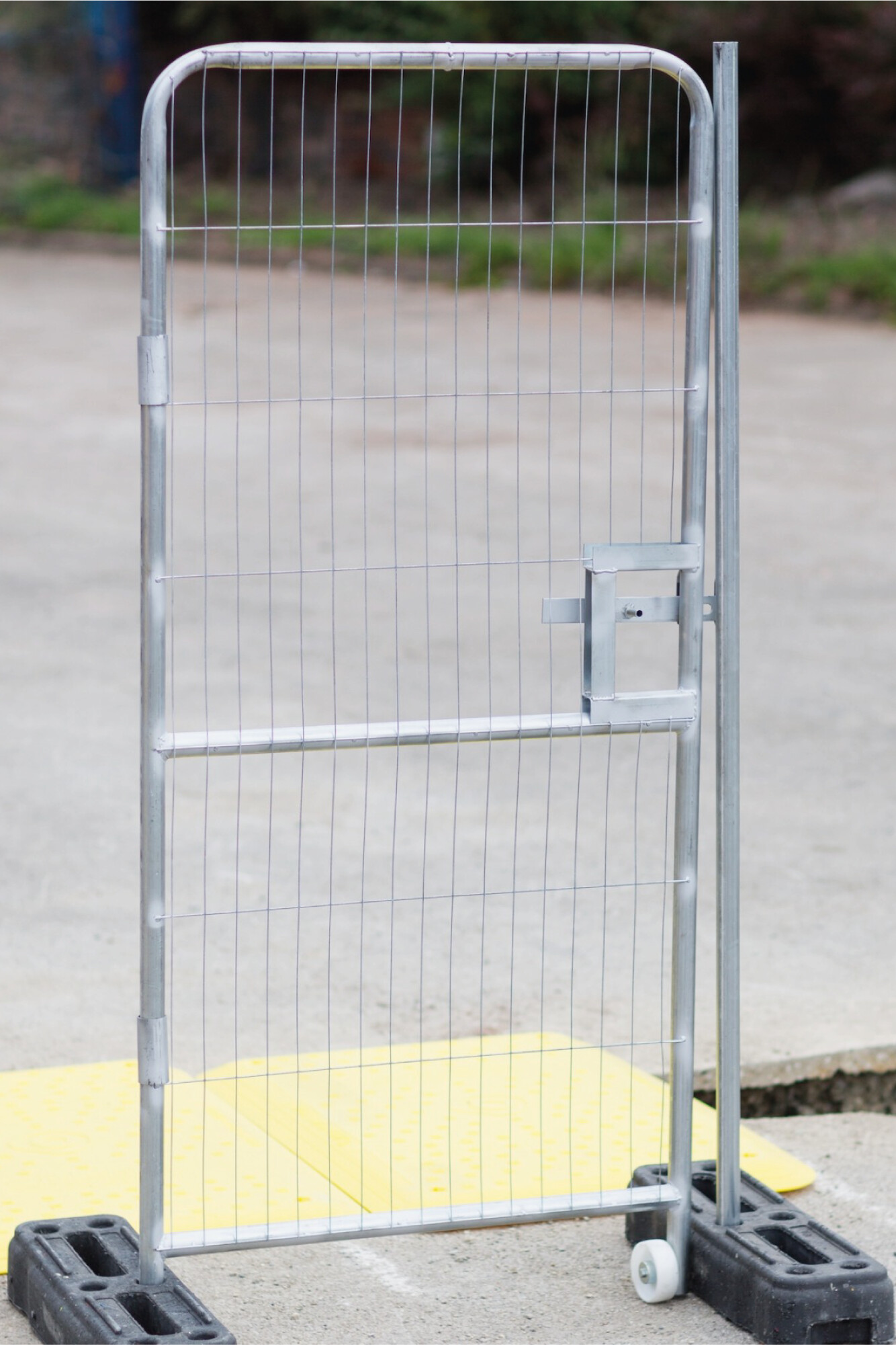 Mesh Pedestrian Gate